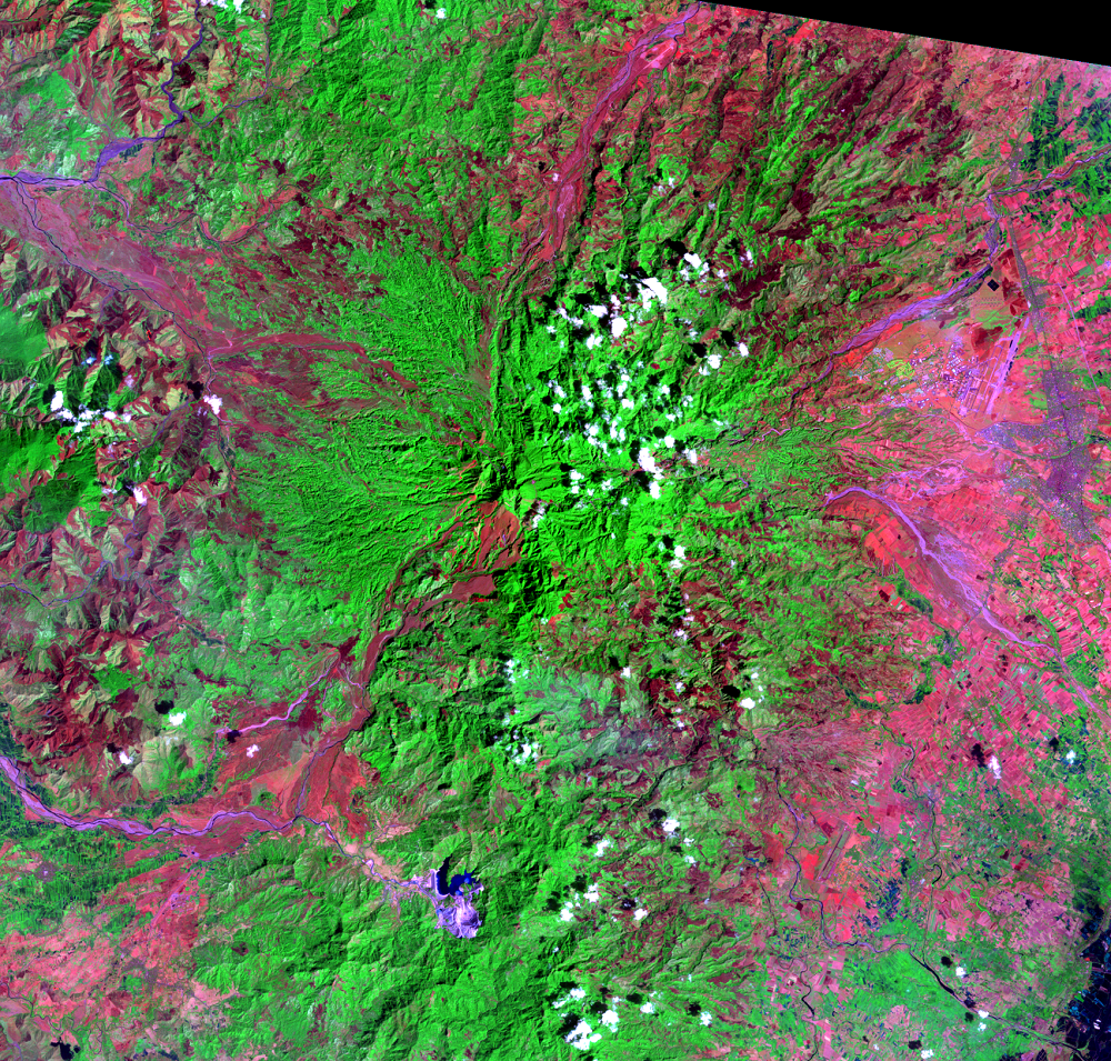 Feb. 18, 1989, Landsat 5 (path/row 116/50) — Mount Pinatubo, Philippines