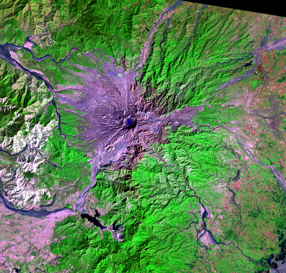 Jan. 26, 1992, Landsat 5 (path/row 116/50) — Mount Pinatubo, Philippines