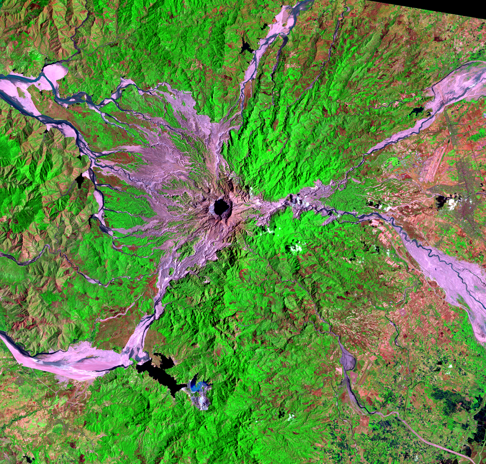 Mar. 25, 1996, Landsat 5 (path/row 116/50) — Mount Pinatubo, Philippines