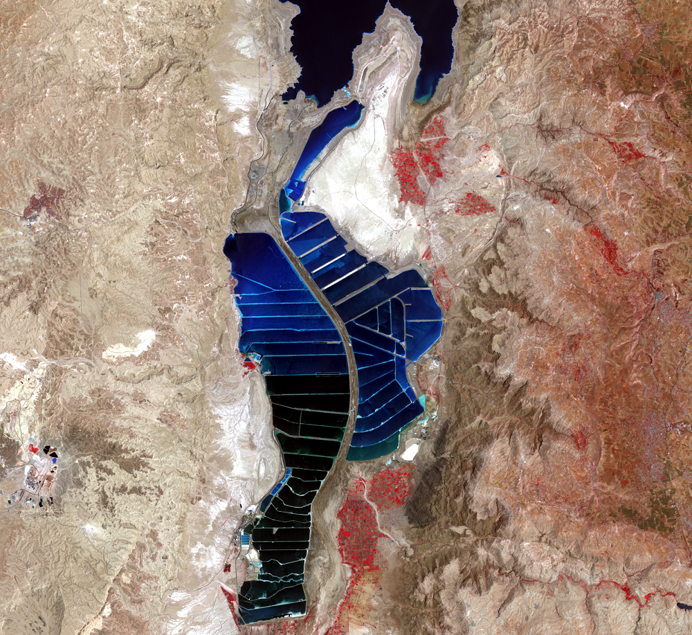 June 5, 2020, Landsat 8 (path/row 174/38) — southern Dead Sea