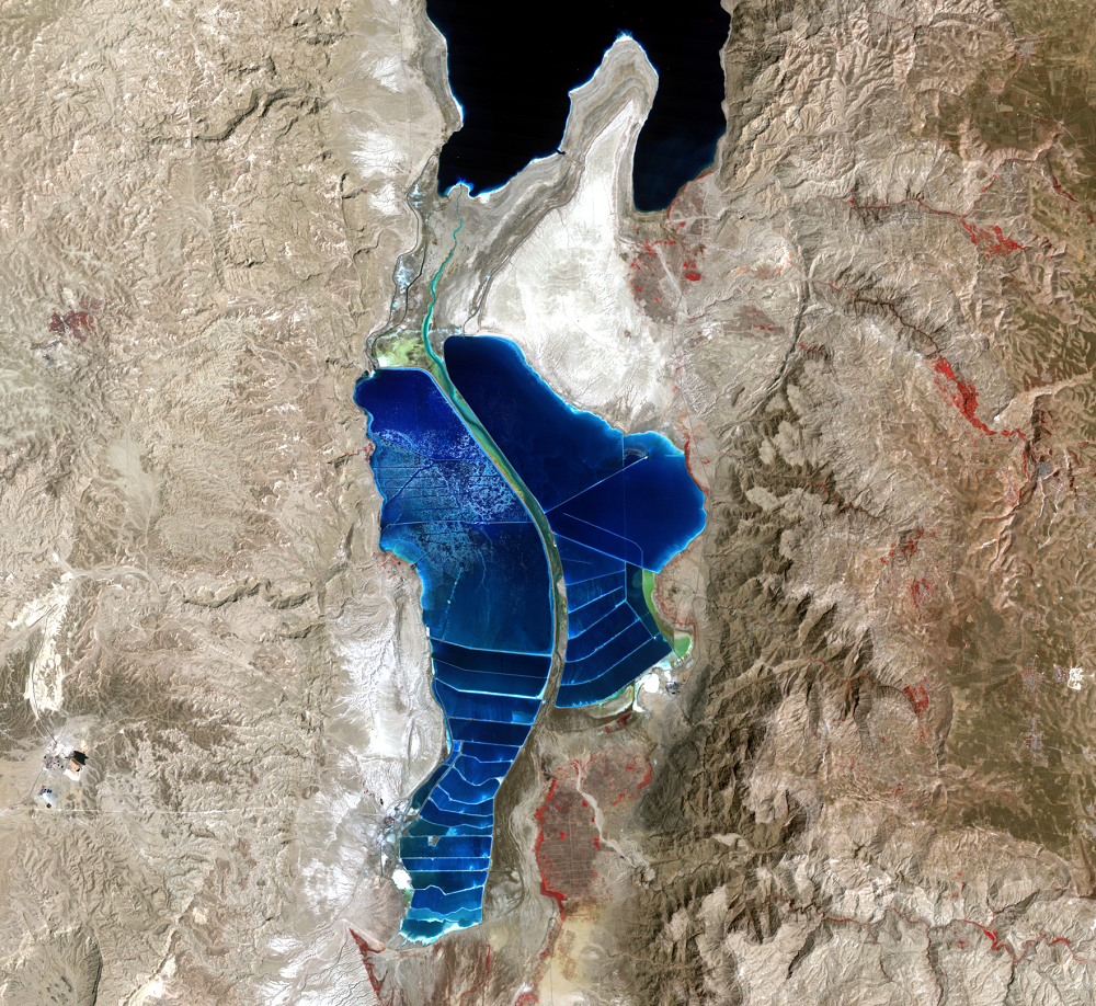 Aug. 30, 1990, Landsat 4 (path/row 174/38) — southern Dead Sea