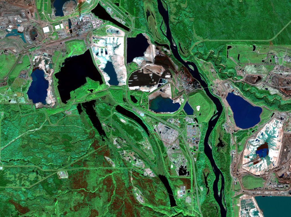 Sep. 29, 2016, Sentinel-2 — mining and reclamation, Athabasca Oil Sands, Alberta, Canada