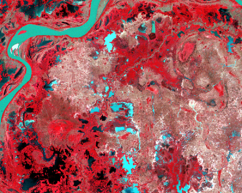 Jan. 3, 1973, Landsat 1 (path/row 135/52) — Irrigation canals east of Phnom Penh, Cambodia
