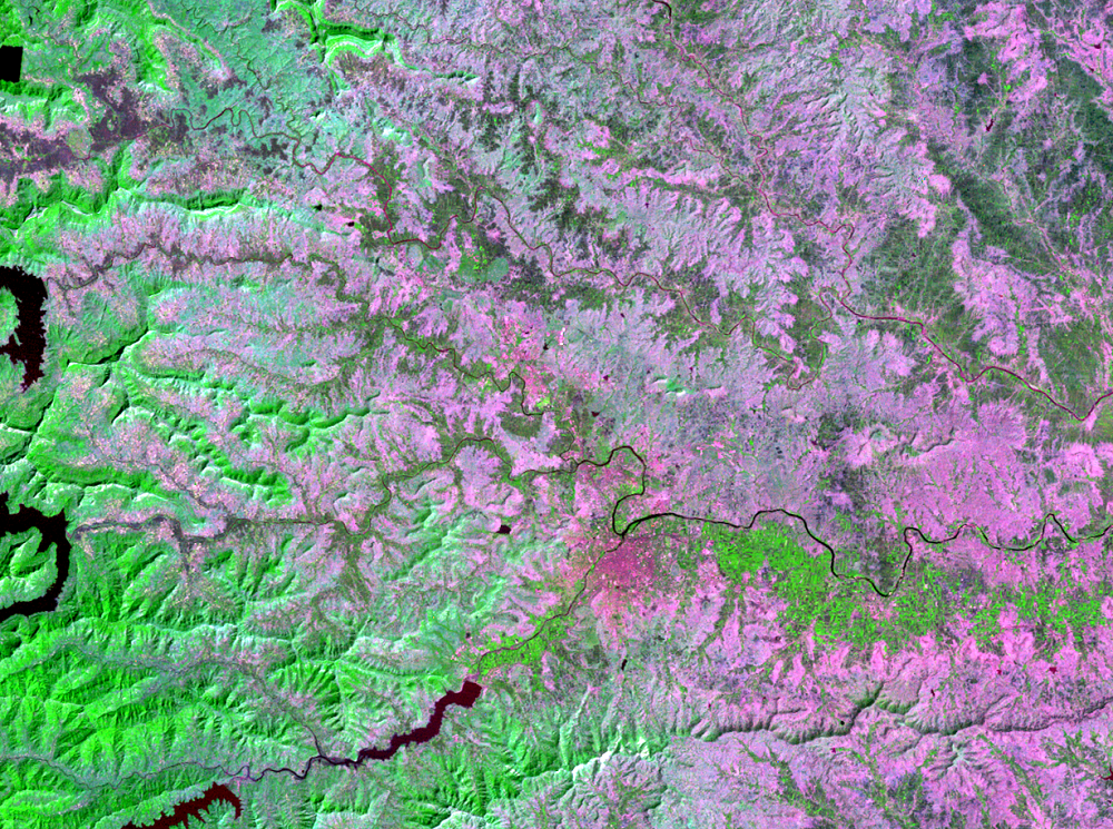 Nov. 3, 1976, Landsat 2 (path/row 158/47) — Pune, India