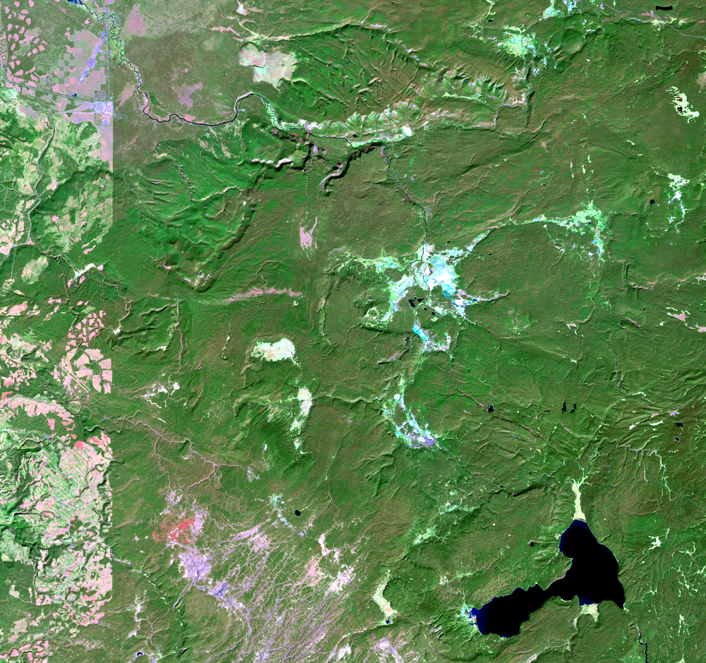 Sep. 22, 1987, Landsat 5 (path/row 38/29) — Location of Old Faithful at Yellowstone National Park, USA