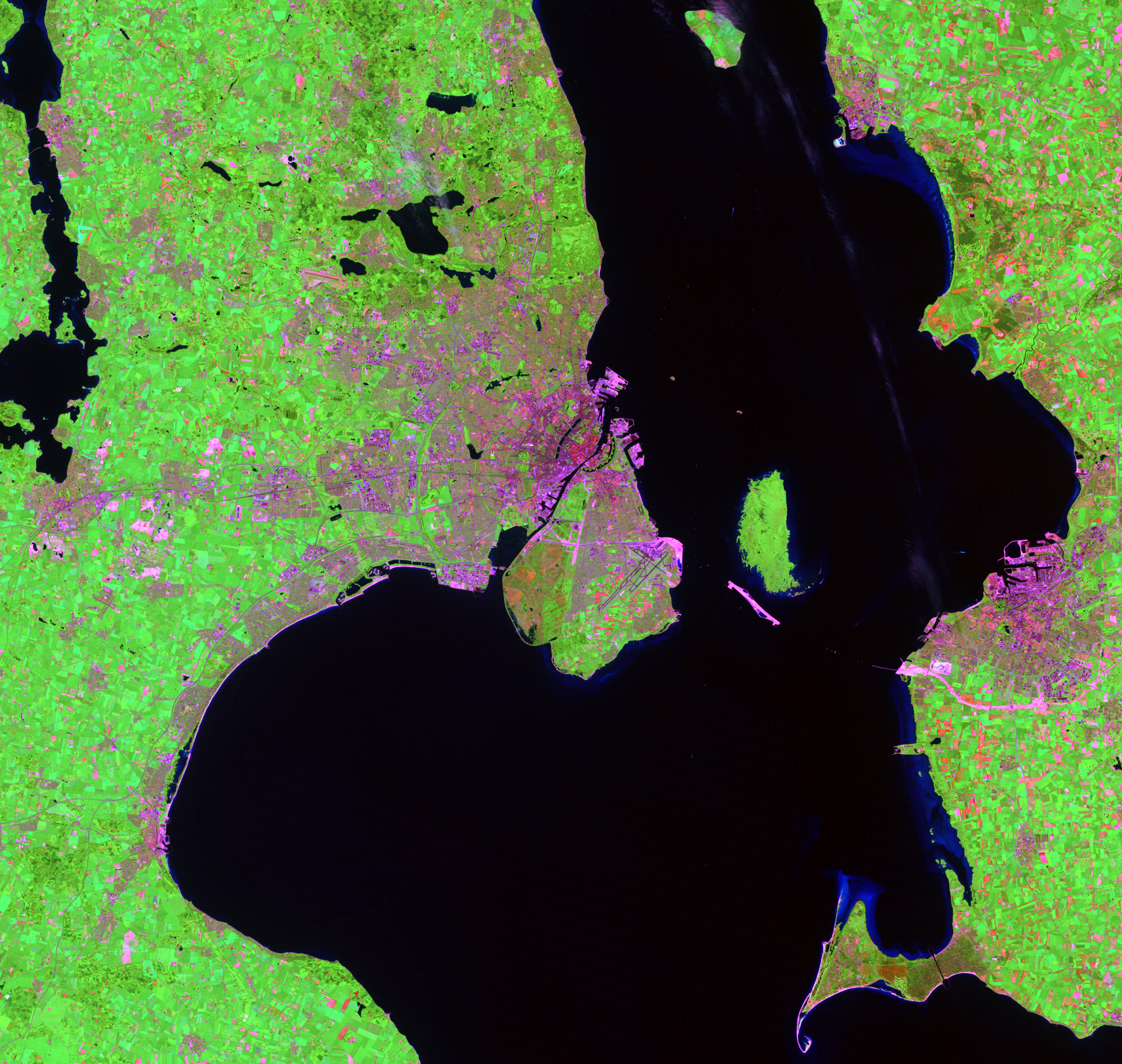 June 21, 1998, Landsat 5 (path/row 194/21) — Copenhagen, Denmark