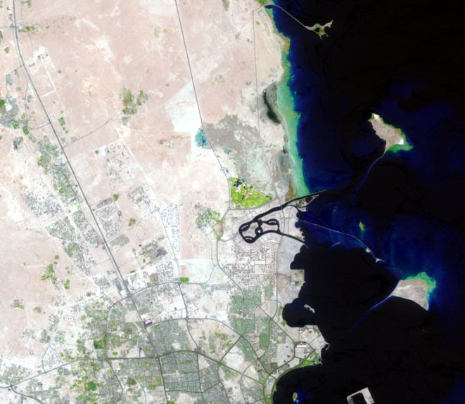 Sep. 15, 2001, Landsat 7 (path/row 163/42) — The Pearl-Qatar, Doha, Qatar