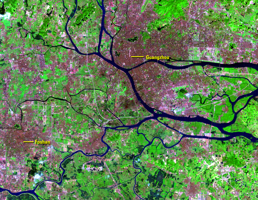 Sept. 14, 2000, Landsat 7 (path/row 122/44) — Guangzhou and Foshan, China