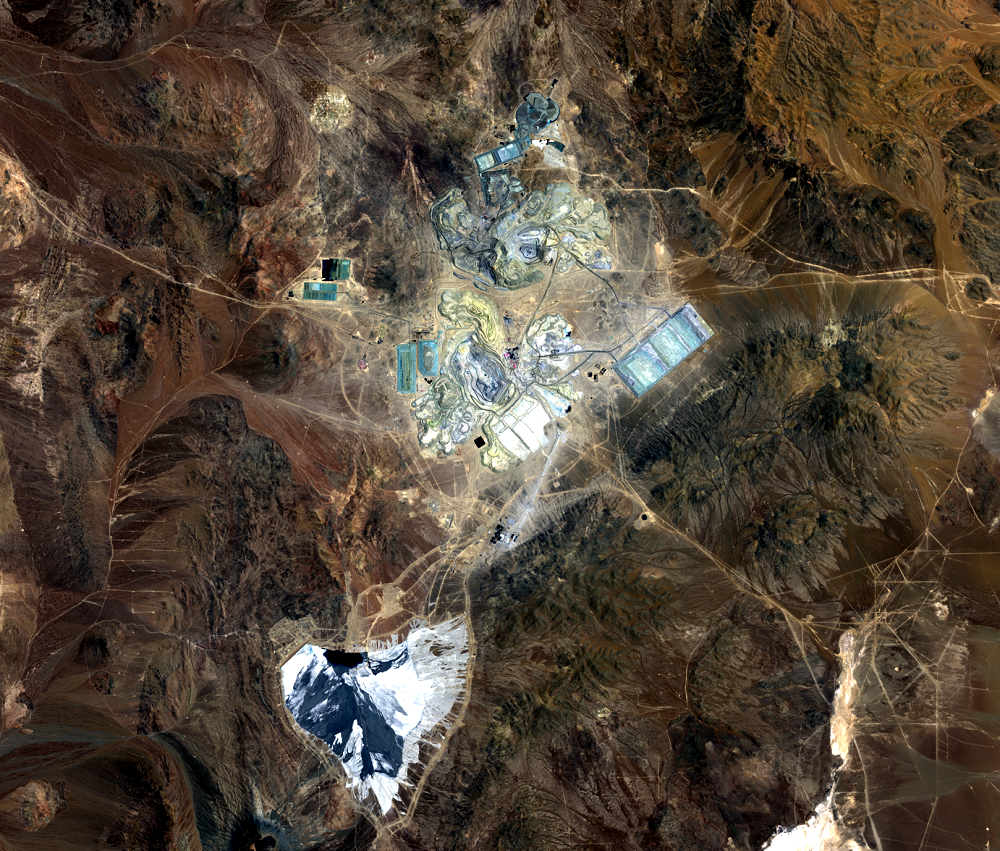 Nov. 1, 2017, Landsat 8 (path/row 233/77) — Escondida Mine, Chile