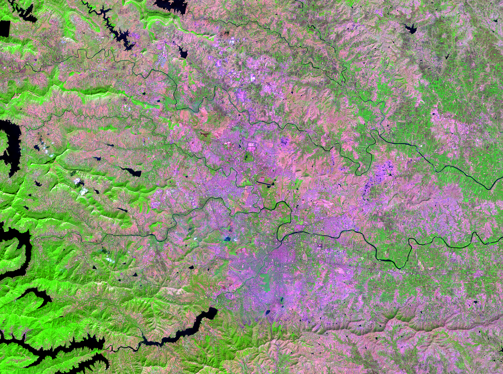 Nov. 12, 2013, Landsat 8 (path/row 147/47) — Pune, India