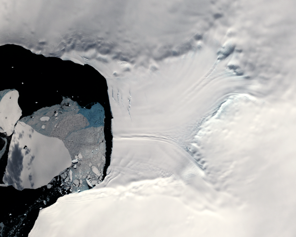 Feb. 25, 2003, Landsat 7 (path/row 220/111) — Verdi Ice Shelf, Antarctica
