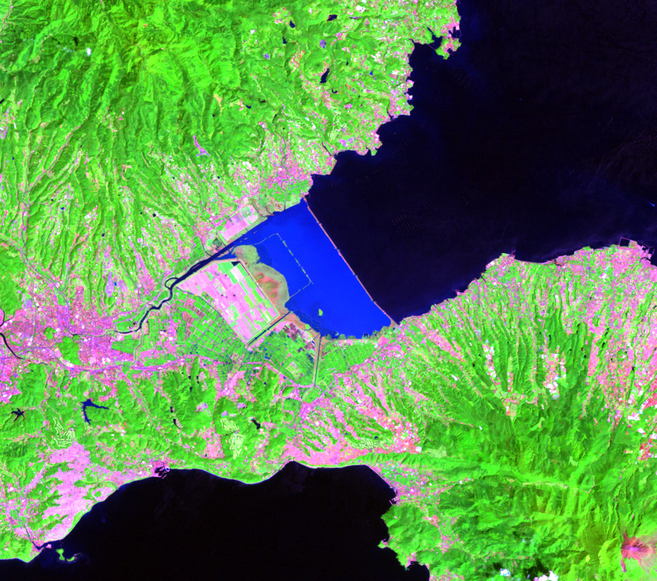 Aug. 29, 2011, Landsat 7 (path/row 113/37) — Isahaya Bay, Japan