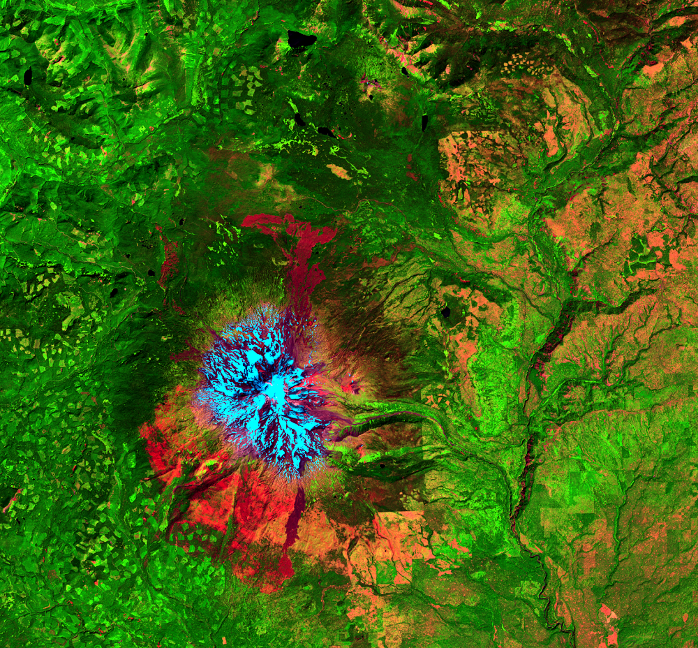 Aug. 7, 2014, Landsat 8 (path/row 46/28) — Mount Adams, WA, USA