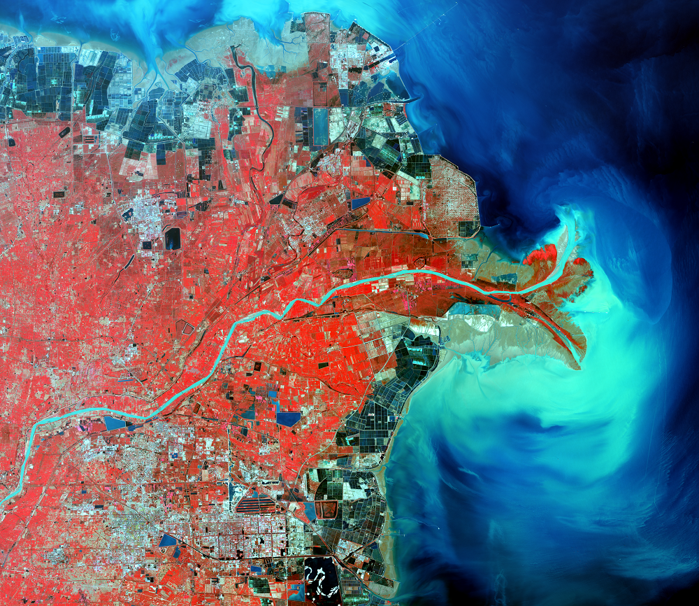 Oct. 5, 2013, Landsat 8 (path/row 121/34) — Huang He Delta, China