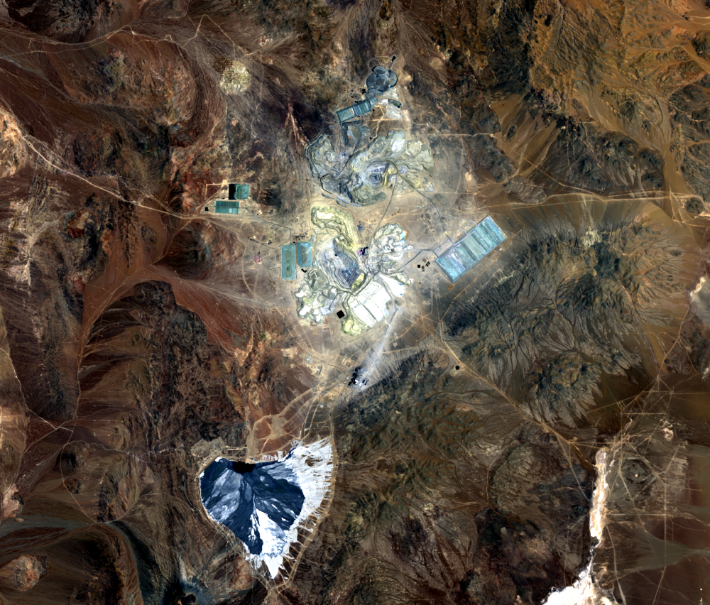 Nov. 20, 2018, Landsat 8 (path/row 233/77) — Escondida Mine, Chile
