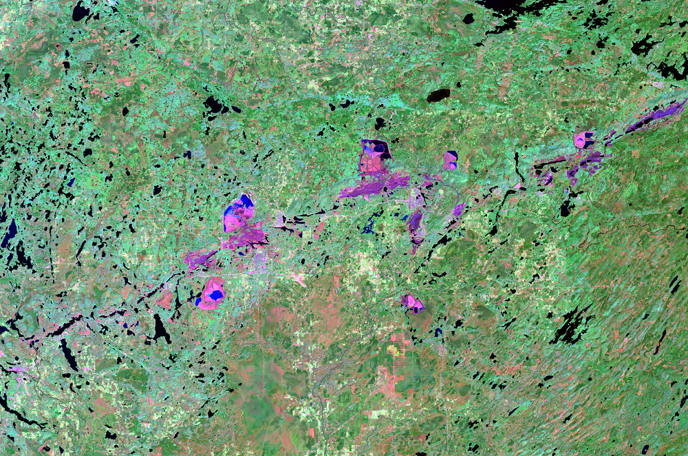 Oct. 1, 2001, Landsat 5 (path/row 27/27) — Mesabi Range, Minnesota, USA