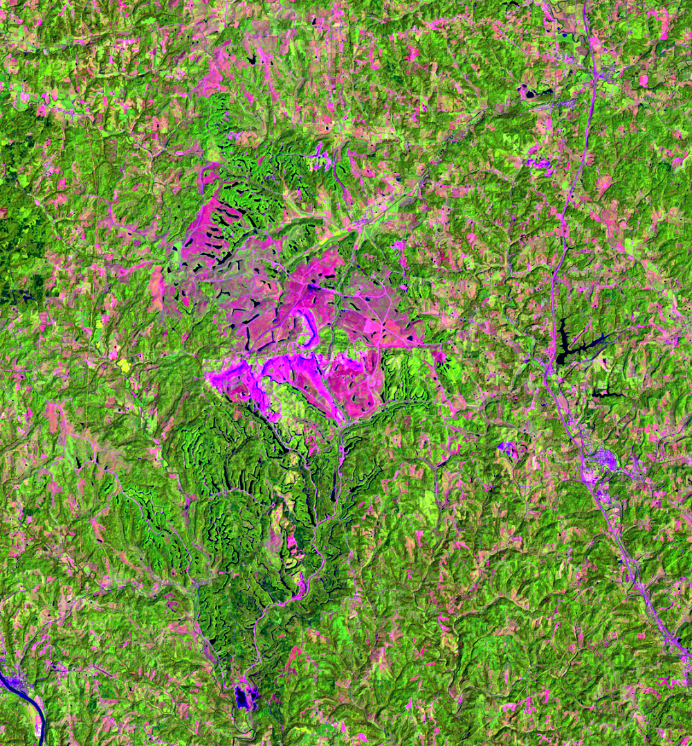 Aug. 6, 1992, Landsat 5 (path/row 18/32) — Close up of Muskingum Mines, Ohio, USA