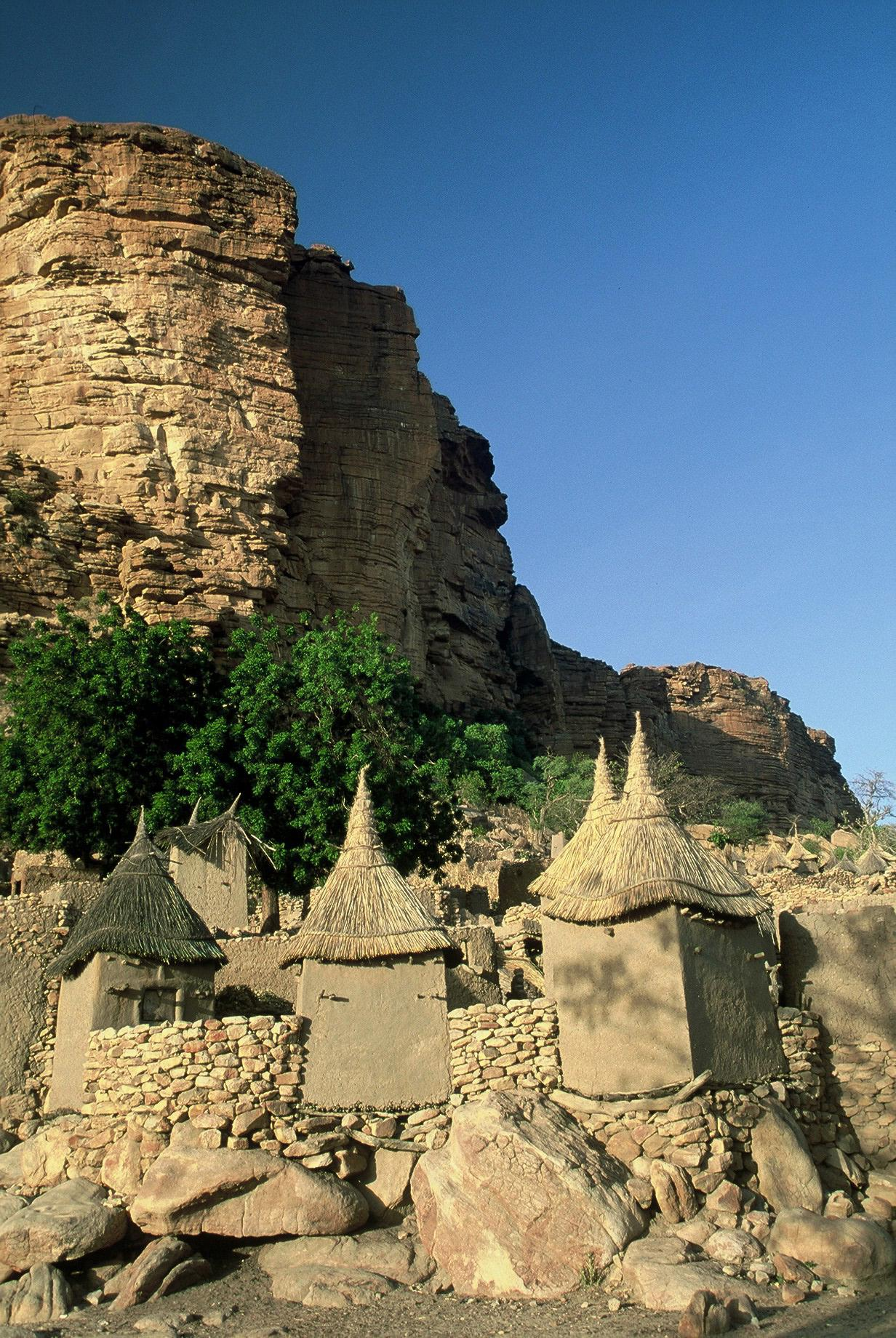 Dogon village in Mali ©Michiel Kupers